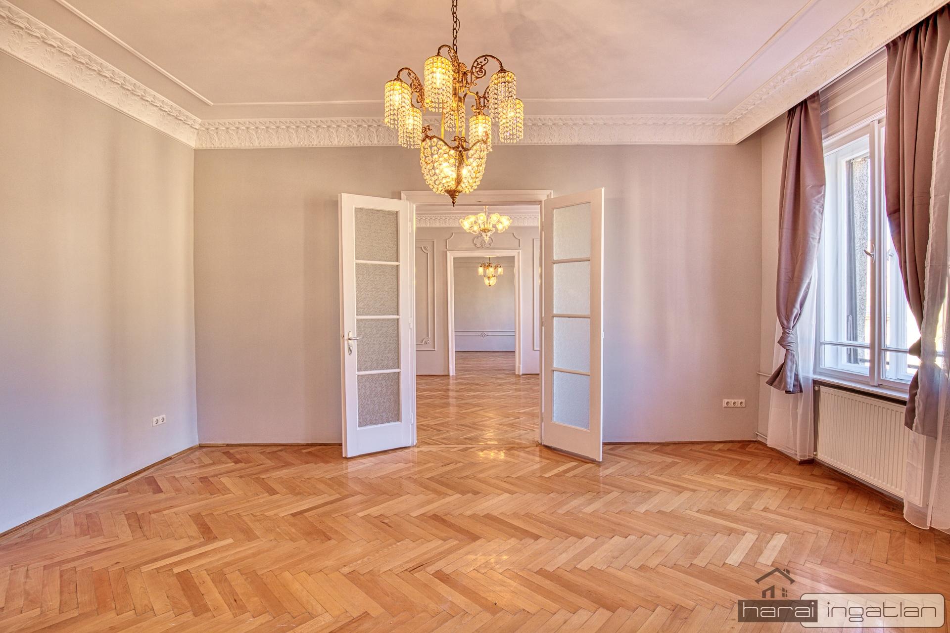 Budapest V. Kerület 5 Eladó Lakás (#0401201965)