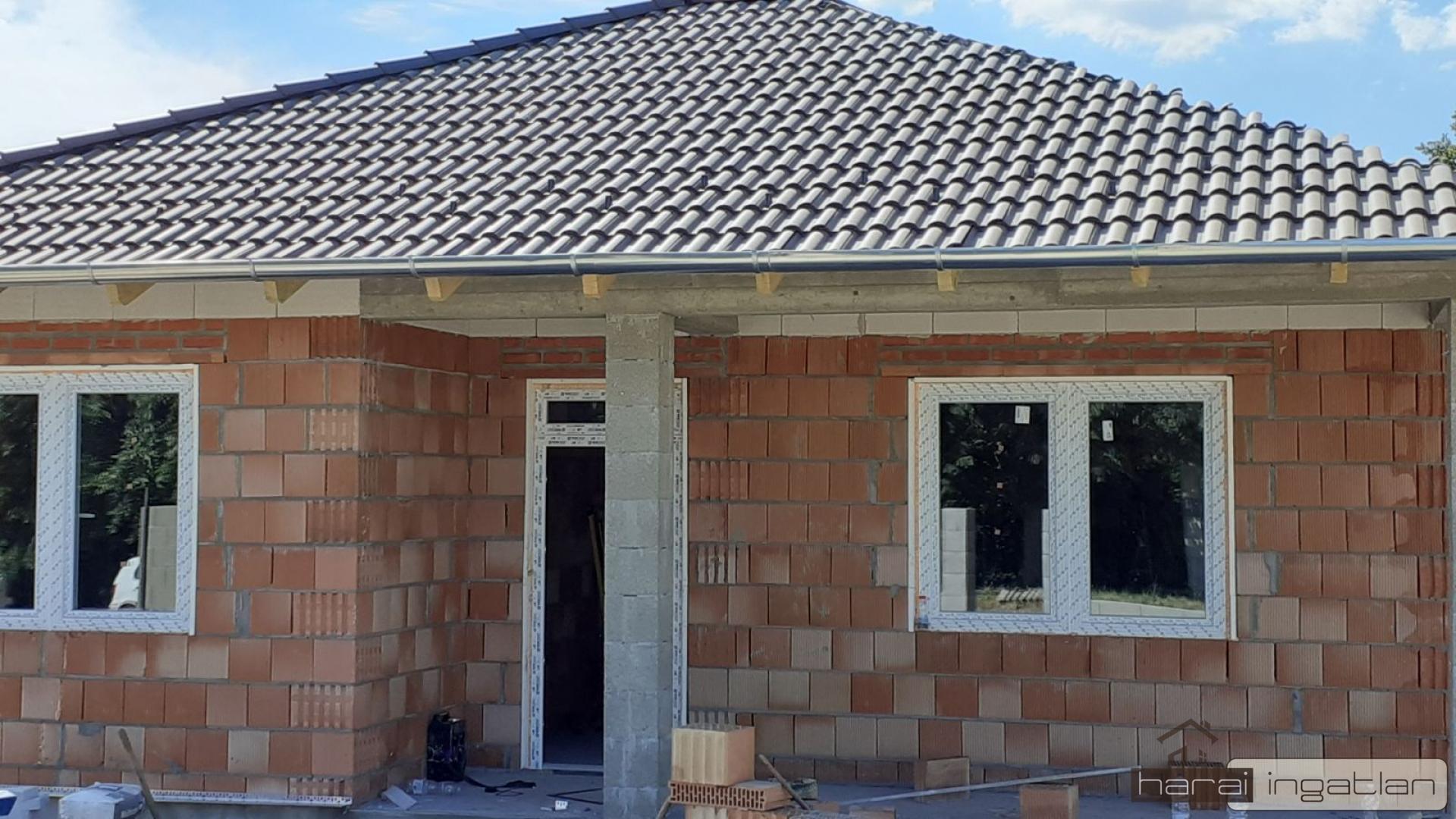 2135 Csörög Eladó Ház (#0202202175B)