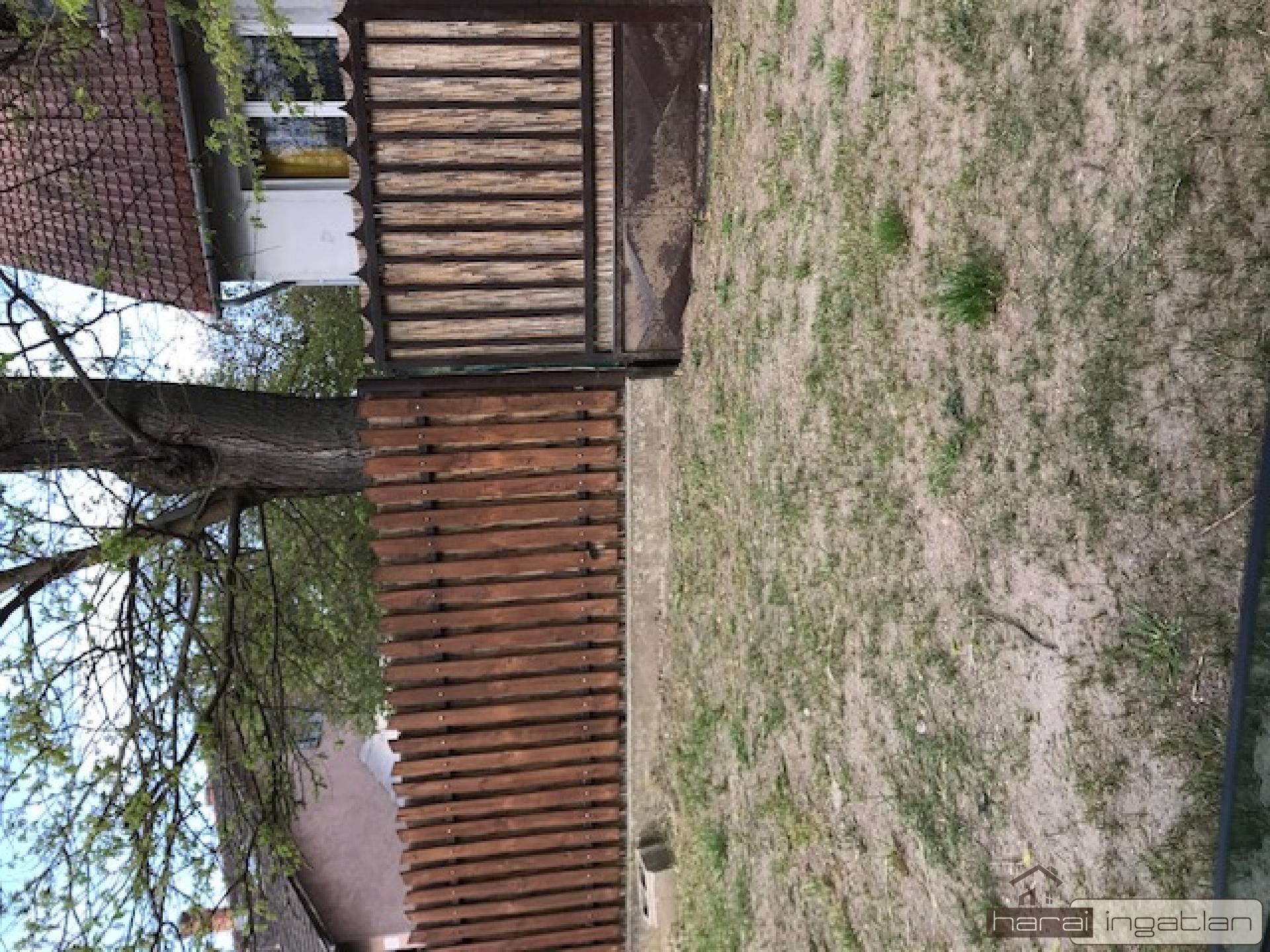 2113 Erdőkertes Eladó Ház (#0701202173)