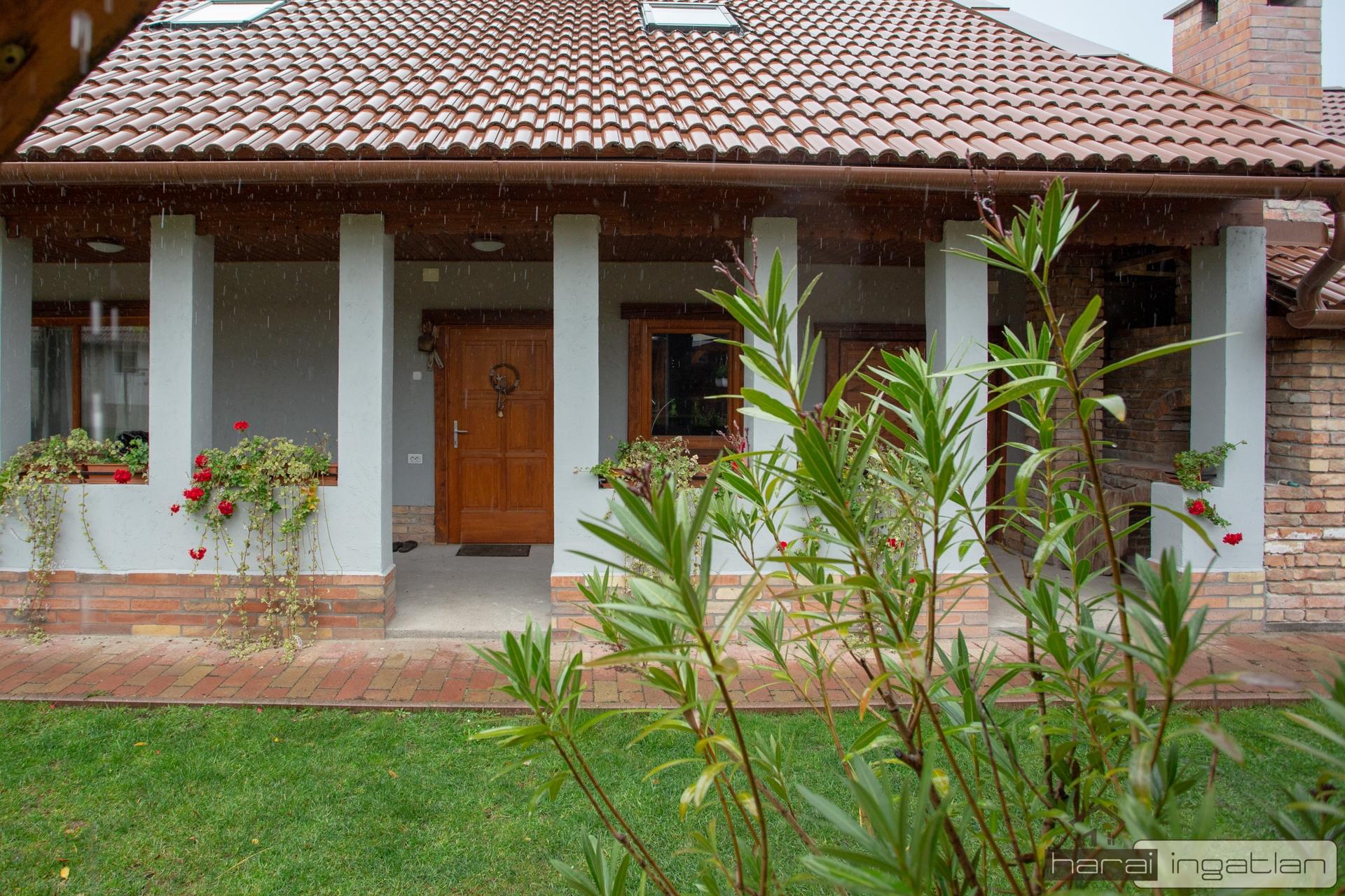 2151 Fót Eladó Ház (#0101201978)