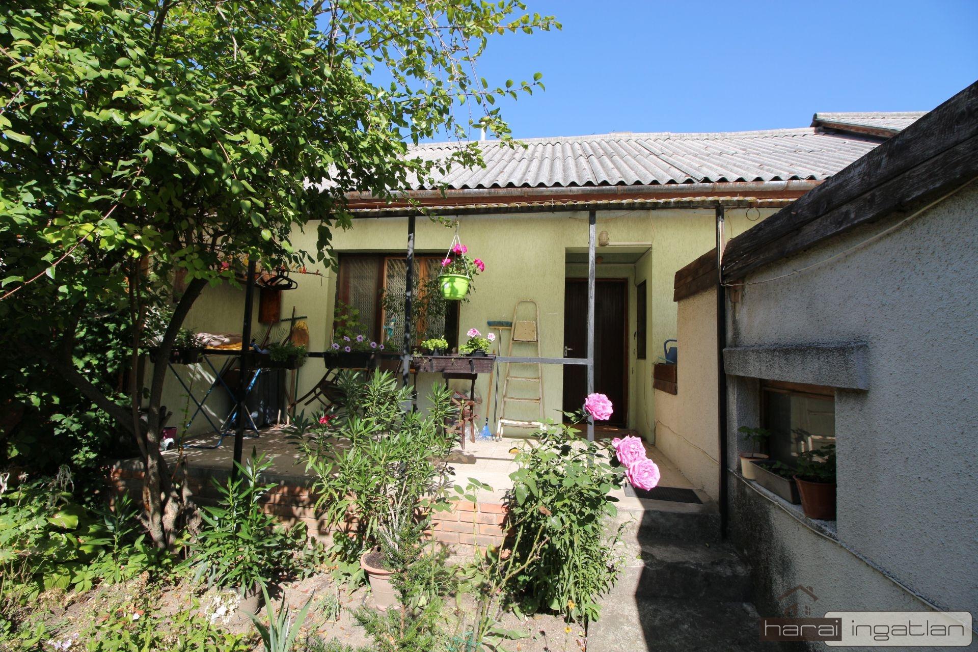2151 Fót Eladó Ház (#01022020105)