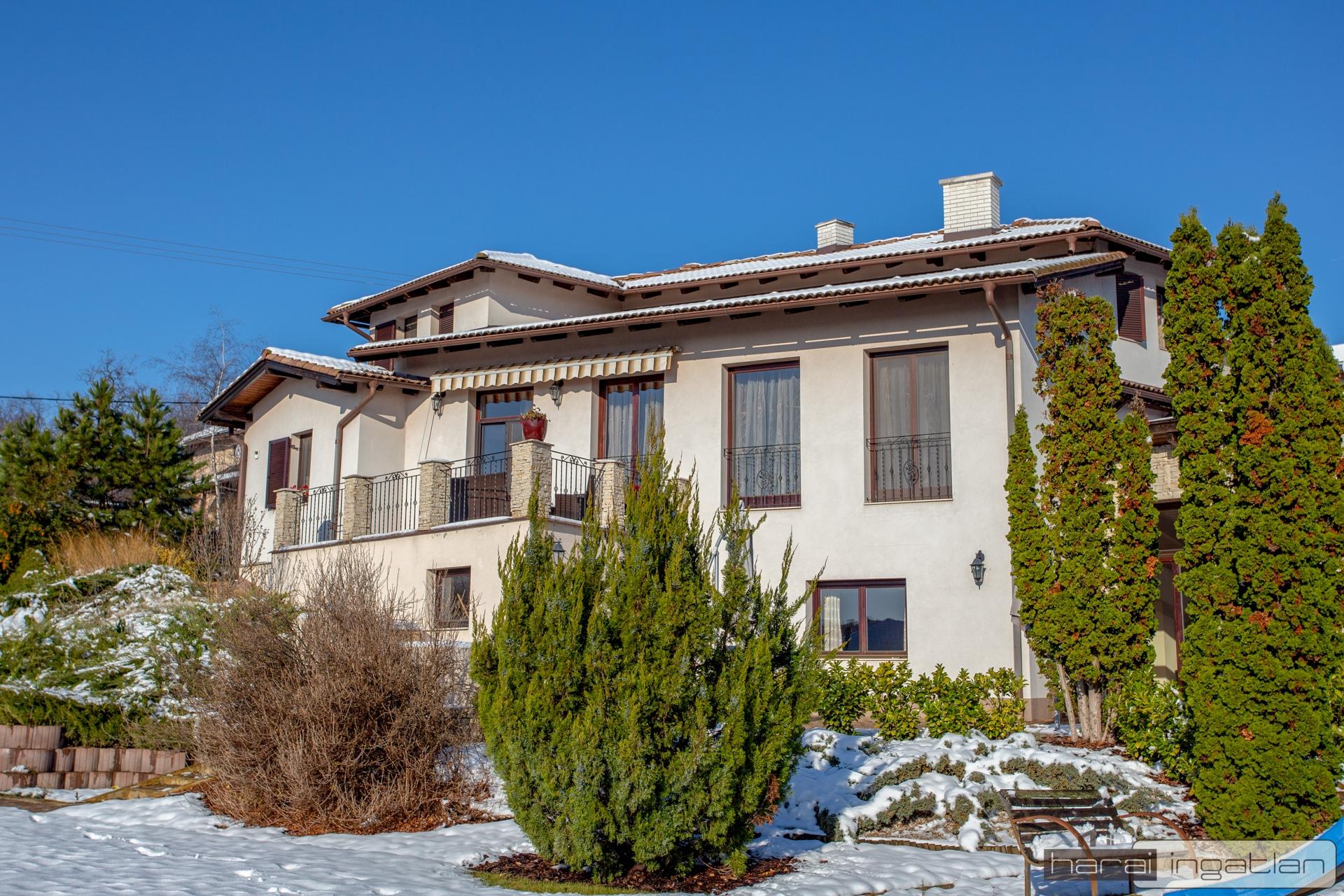 2161 Csomád Eladó Ház (#0101201952)