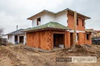 Dunakeszi Eladó Ház (#03012020112)