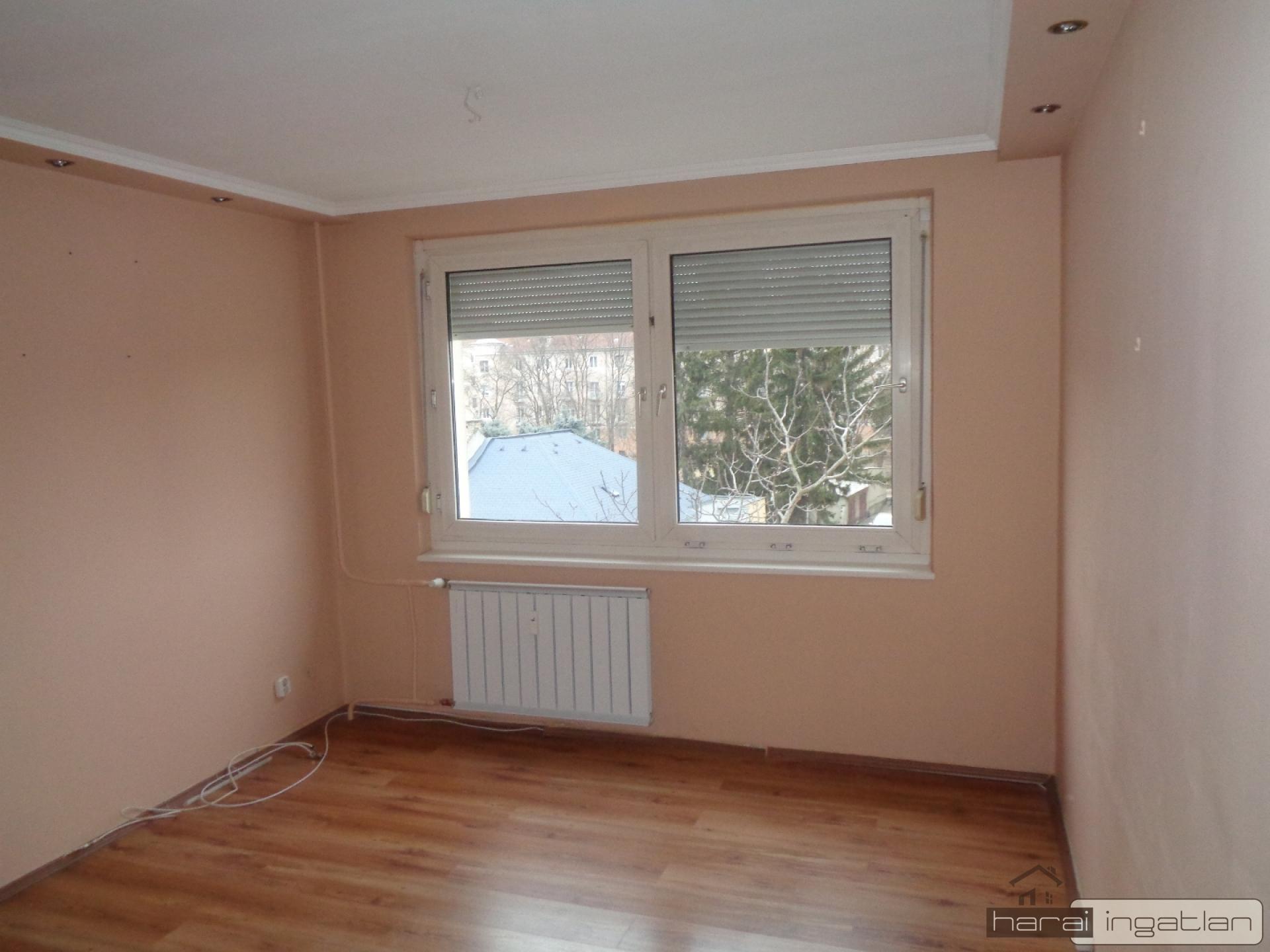 9023 Győr Eladó Lakás (#04032020104)