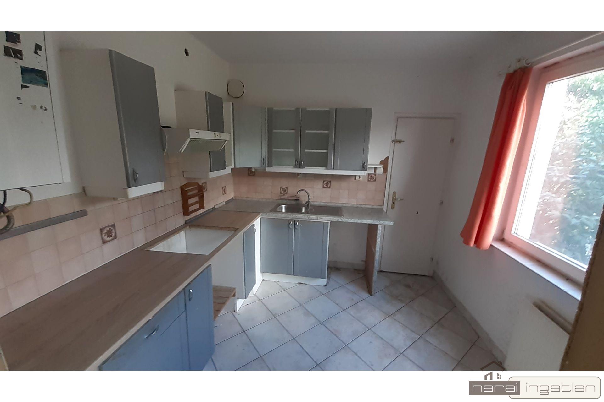 2151 Eladó Ház (#01012021195)