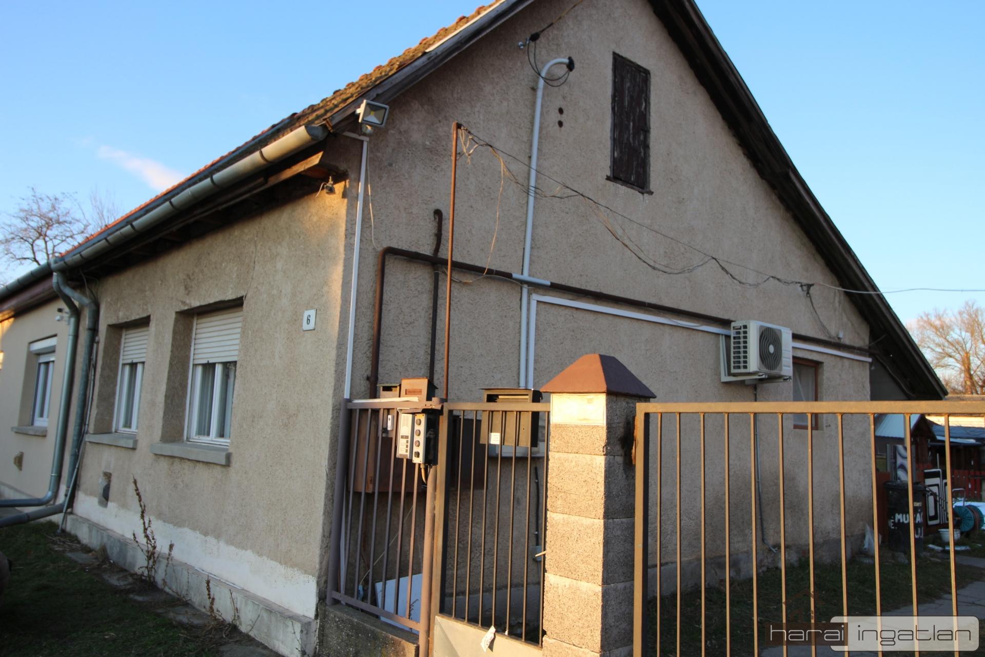 2151 Fót Eladó Ház (#01022021116)